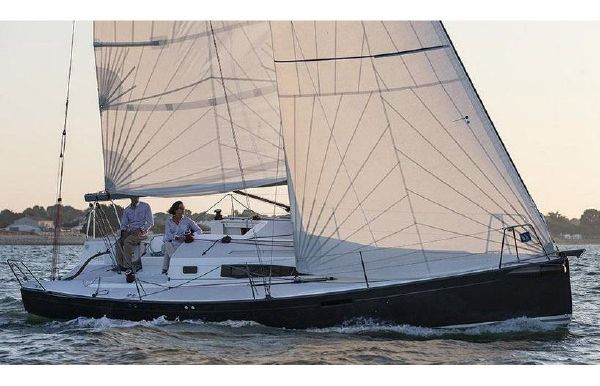 2018 J Boats J/97E