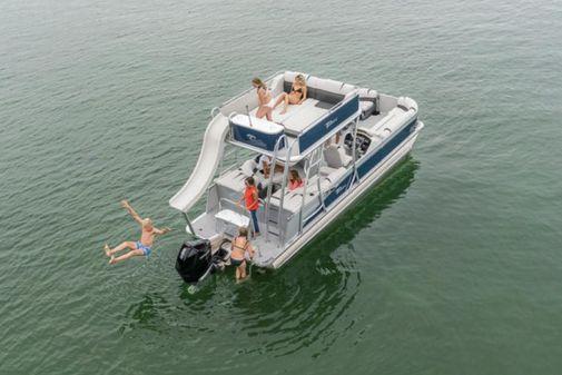 Tahoe Pontoon Cascade Platinum Cruise Funship 27' image