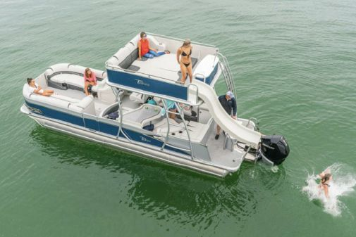 Tahoe Pontoon Cascade Platinum Entertainer Funship 27' image