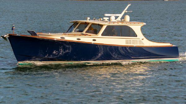Hinckley Talaria 48 IPS Motor Yacht