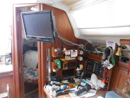 Hunter 336 image