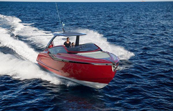 2022 Fairline F//Line 33 Outboard