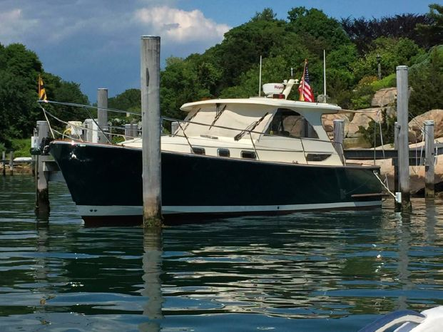 2008 Legacy Yachts 32 Hardtop Express