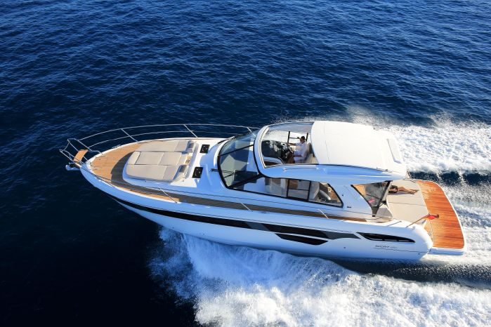 2016 Bavaria Yachts USA 450 Sport Coupe