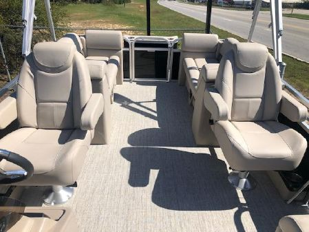 Avalon Ltd LS 22 Quad Lounge image