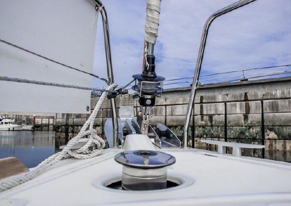 Beneteau Oceanis 35 image