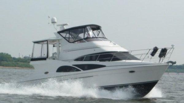 Carver 41 Cockpit Motor Yacht