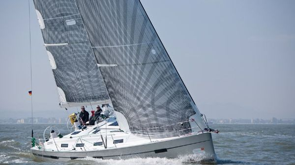 Bavaria Cruiser 41S Manufacturer Provided Image: Bavaria 40S Cruiser