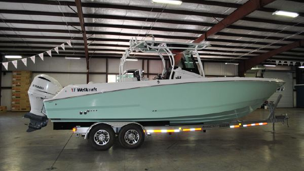 Wellcraft 302F w/ twin Yamaha 300's