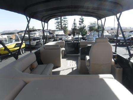 Bentley Pontoons 223 Cruise image