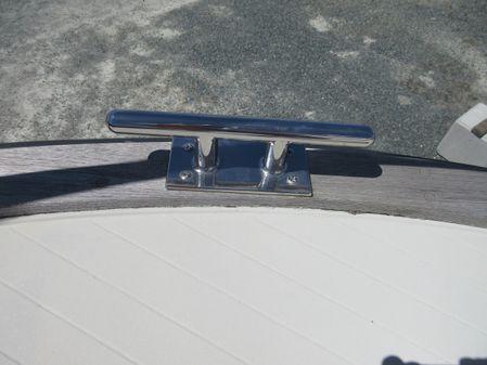 Tollycraft Tri-cabin image