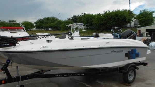 Bayliner Element Fish