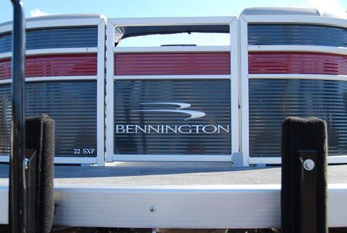Bennington 22SFBCX image