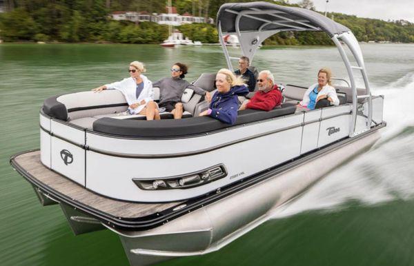2021 Tahoe Pontoon Cascade Versatile Rear Lounger 23'
