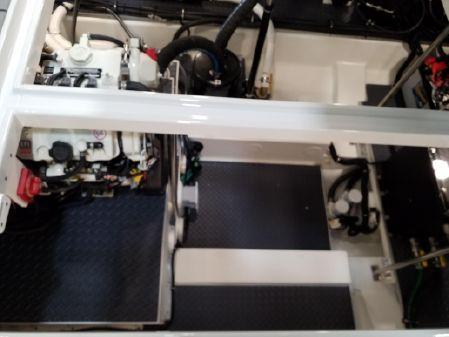 Formula 380 Super Sport Crossover image
