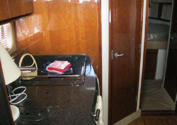 Sea Ray 390 Sundancer image