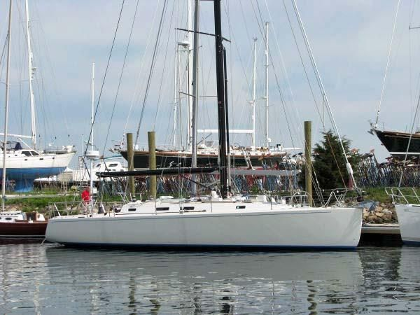 2004 J Boats J/133