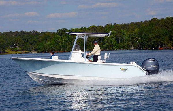 2020 Sea Hunt Triton 225