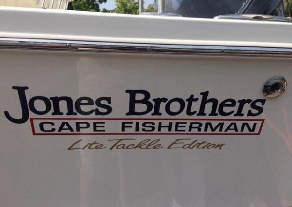 Jones Brothers 20 Cape Fisherman image