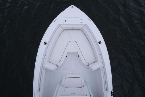 Sea Hunt Ultra 211 image