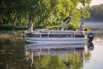 Sun Tracker Fishin' Barge 20 DLXimage
