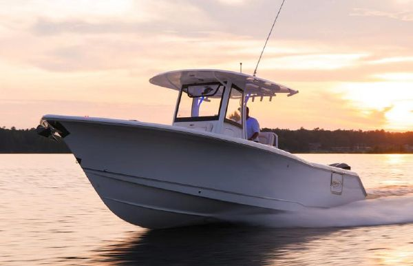 2021 Sea Hunt Gamefish 30 Forward Seating