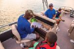 Sun Tracker Fishin' Barge 22 XP3image