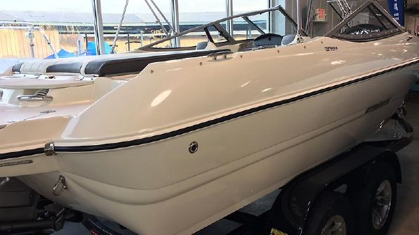 Stingray 208 Ls Sport Deck- Full Windshield