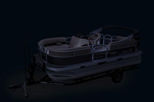 Sun Tracker Party Barge 18 DLX image