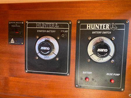 Hunter 376 image
