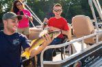 Sun Tracker SportFish 22 XP3image