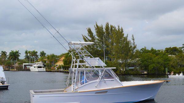 Custom 38 D&A Express Sportfish