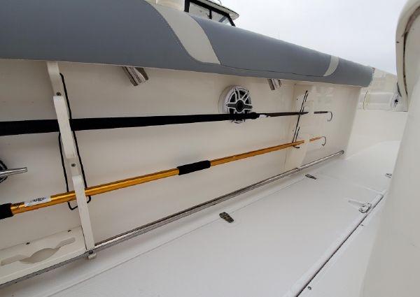 Boston Whaler 270 Outrage image