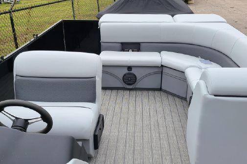 Bentley Pontoons 240 CRUISE image