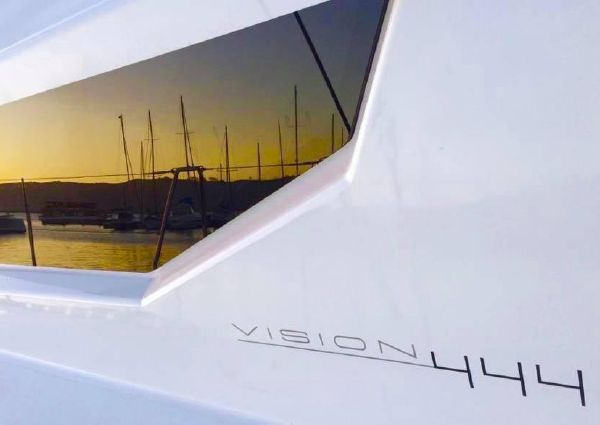 Vision 444 image