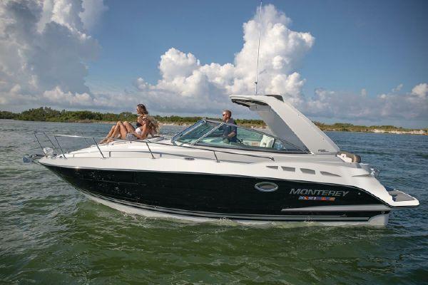 Monterey 295 Sport Yacht - main image