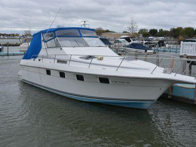 1989 Cruisers Yachts<span>3370 Esprit</span>