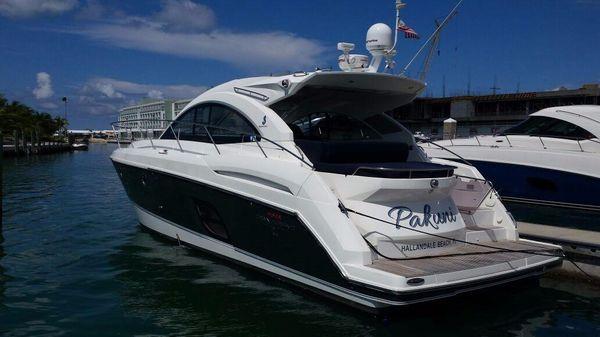 Beneteau 44 GT Profile Aft