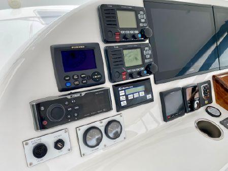 Hatteras GT45X image