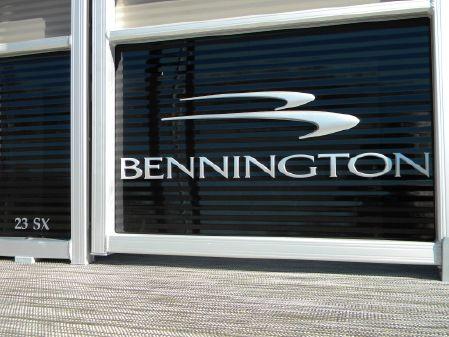 Bennington 23SSBX image