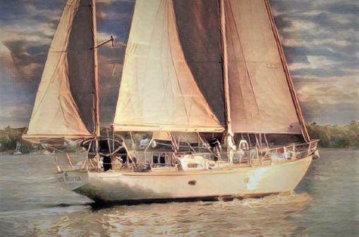 Hinckley 48 image