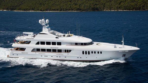 Trinity Yachts Tri Deck