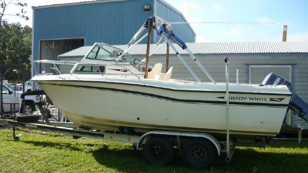 Grady-White 225 Sea Farer