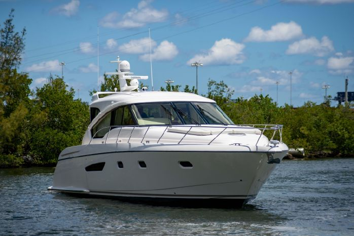 Tiara Motorboats for Sale | New England Powerboat Brokers