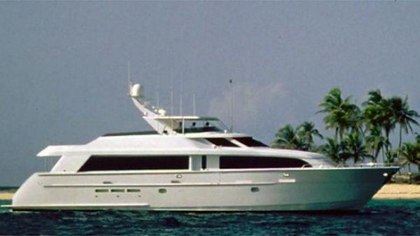 Hatteras 92 Motor Yacht Manufacturer Provided Image: 92 Motor Yacht