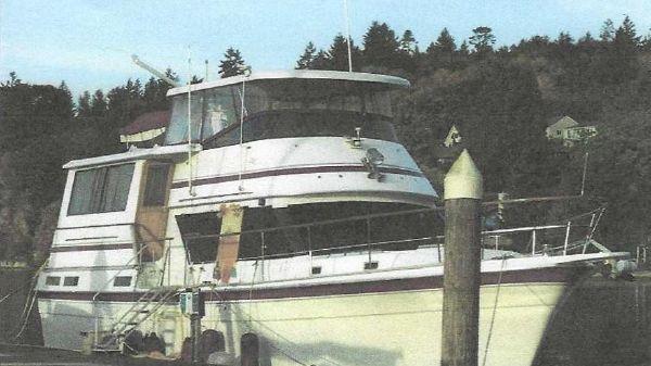 Gulfstar Tri Cabin