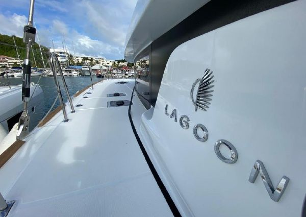 Lagoon 450 s image