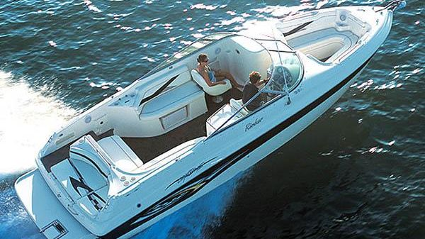 Rinker 282 Captiva Bowrider Manufacturer Provided Image