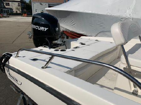 Boston Whaler 18 Dauntless image