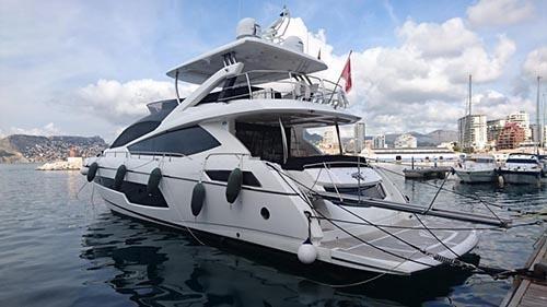 Sunseeker 75 Yacht Exterior